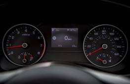 Kia Sportage, 2018, instrument panel