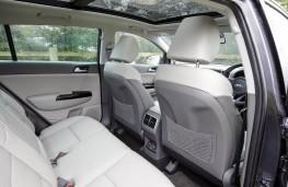Kia Sportage KX5 2.0 CRDi Auto, 2017, rear seats