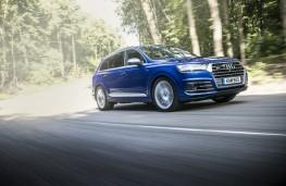 Audi SQ7 Front Action