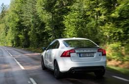 Volvo S60 Polestar, 2018, rear, action