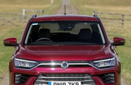 SsangYong Korando Ultimate 2020 head-on