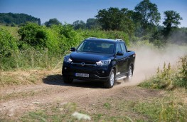 SsangYong Musso, front offroad 2