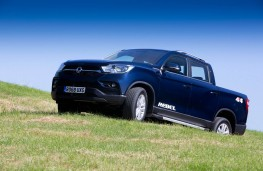 SsangYong Musso, front offroad 3