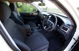 SsangYong Musso EX front seats