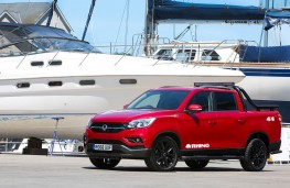 SsangYong Musso Rhino front threequarter