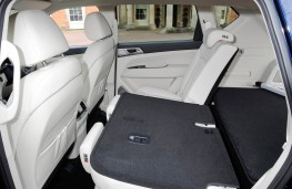 SsangYong Rexton, rear seat folded