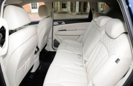 SsangYong Rexton, rear seats