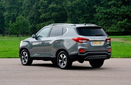 SsangYong Rexton, rear static