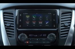 Mitsubishi Shogun Sport, 2018, display screen