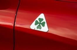 Alfa Romeo Stelvio Quadrifoglio, 2018, cloverleaf badge