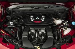 Alfa Romeo Stelvio Quadrifoglio, 2018, engine