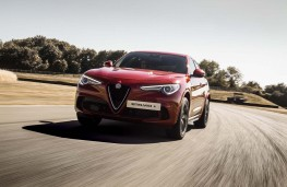 Alfa Romeo Stelvio, 2018, front