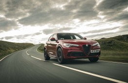 Alfa Romeo Stelvio Quadrifoglio, 2020, front