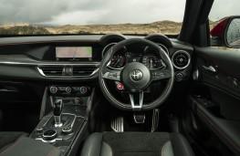 Alfa Romeo Stelvio Quadrifoglio, 2018, interior