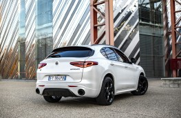 Alfa Romeo Stelvio Veloce Ti, 2020, rear
