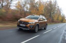 Dacia Sandero Stepway, 2020, front