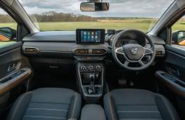 Dacia Sandero Stepway, 2021, interior