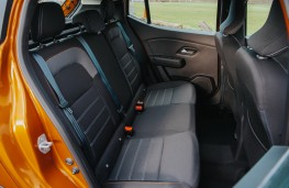 Dacia Sandero Stepway, 2017, rear seats