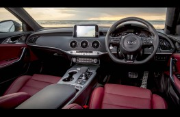 Kia Stinger, interior