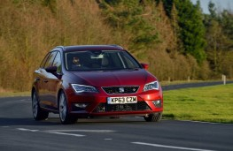 SEAT Leon ST FR, front, action