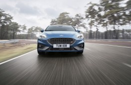 Ford Focus ST, 2019, nose
