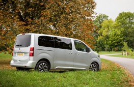Citroen SpaceTourer, side