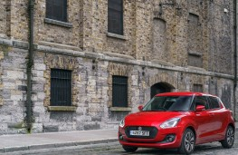 Suzuki Swift, front