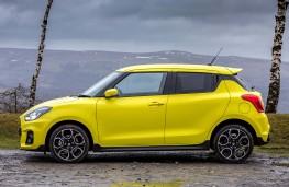 Suzuki Swift Sport, side