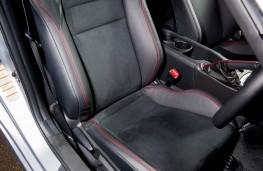 Subaru BRZ, front seats
