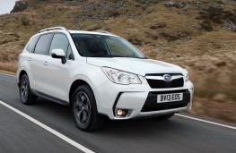 Subaru Forester, front action