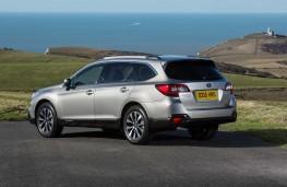 Subaru Outback 2015 rear