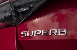 Skoda Superb, 2019, badge