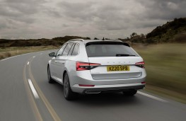 Skoda Superb, 2019, rear