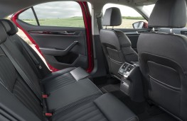 Skoda Superb, 2019, rear seats