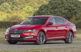 Skoda Superb, 2019, side, static