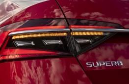 Skoda Superb, 2019, rear light