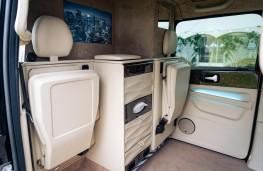 Sutton VIP LEVC Taxi, 2021, interior