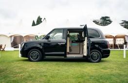 Sutton VIP LEVC Taxi, 2021, side