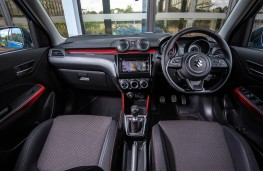 Suzuki Swift Sport, dashboard