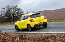 Suzuki Swift Sport, rear action