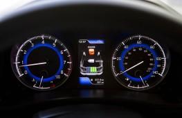 Suzuki Baleno, hybrid dash