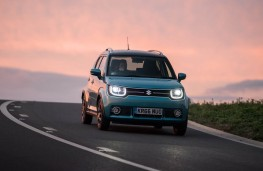 Suzuki Ignis, headlights on