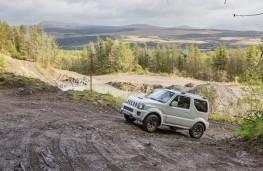 Suzuki Jimny, offroad 1