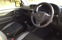 Suzuki Jimny, interior