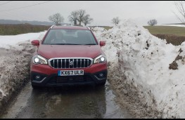 Suzuki S-Cross, in snow