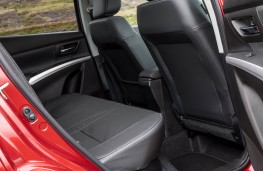 Suzuki S-Cross, rear seats