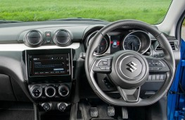 Suzuki Swift, dashboard, crop