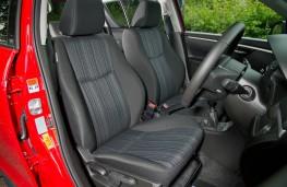 Suzuki Swift 4x4, front seats