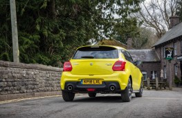Suzuki Swift Sport, rear action 2