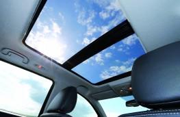 Suzuki SX4, sunroof